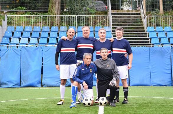 """30 novembre 2014: conclusa la seconda edizione del torneo di calcetto """"Piedi a Banana""""."""